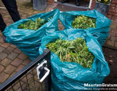 Politie ontmantelt wietplantage in woning Hulsbergen Wapenveld
